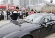 Un client insatisfait dtruit sa Maserati en Chine