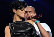 Rihanna : elle a habilement remplac Chris Brown par un coussin
