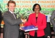 L'UE soutient la relance du secteur agricole en Côte d'Ivoire à travers l'octroi de 30 milliards de francs CFA pour redynamiser les filières sucre et banane (Ministères)