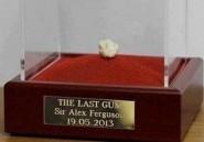 Le dernier chewing-gum d'Alex Ferguson adjugé à 458.000 euros