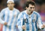 Argentine: Messi inscrit un triplé et efface Maradona des tablettes- Vidéo