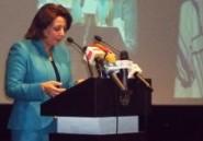 Wided Bouchamaoui appelle de Paris à fixer un agenda clair et précis des prochaines échéances politiques
