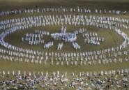 """Danse """"purificatrice"""" de pèlerins dans la montagne bulgare"""