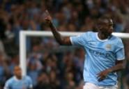 Yaya Touré: Encore un magnifique coup-franc avec Manchester City- Vidéo