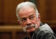 Le pasteur de Floride, Terry Jones, arrêté pour avoir voulu bruler des Corans