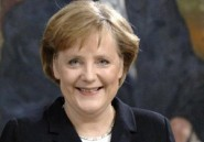 "Abdelaziz Bouteflika félicite Angela Merkel pour sa ""brillante"" réélection"