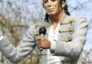 Angleterre: Fulham ne veut plus de Michael Jackson devant son stade !