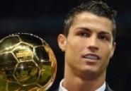 Cristiano Ronaldo : son triplé contre la Suède de Zlatan décisif pour le Ballon d'Or 2013 ?