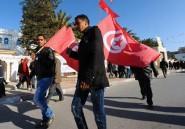 Douchés ailleurs, les espoirs du Printemps arabe tentent de résister en Tunisie