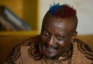 Un écrivain kényan défie les lois africaines antigays en sortant du placard
