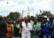 La police sud-africaine dit avoir dispersé 3.000 grévistes violents