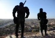 Algérie: 10.000 policiers et gendarmes