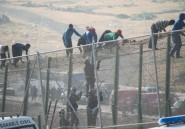 Maroc: 140 migrants franchissent la frontière de Melilla