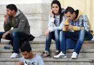 """Tunisie: les """"diplômés-chômeurs"""", symptôme d'une économie en manque de réformes"""