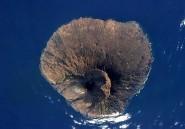 Cap-Vert: de la lave coule toujours du volcan Pico de Fogo, aide du Portugal