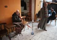 Egypte: dans les rues et les bus, les opposants craignent la délation