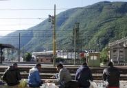La longue marche des migrants qui franchissent les Alpes à pied