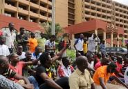 Au Burkina Faso, les opposants au projet de sortie de crise sont nombreux