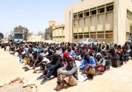 Libye: les violences poussent les migrants