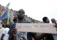 A Vintimille, sit-in pacifique de migrants qui souhaitent entrer en France