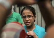 """La """"lycéenne au zéro"""", icône de la lutte contre la corruption en Egypte"""