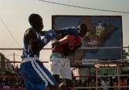 """A Bangui, """"on boxe pour la paix"""" entre chrétiens et musulmans"""