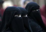 """Kamikazes: l'Afrique de l'Ouest veut """"interdire"""" le voile islamique intégral"""