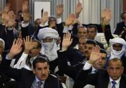 En France comme en Algérie, des révisions constitutionnelles sapent les droits des binationaux