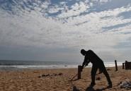 Avant d'ouvrir le feu, les terroristes ont bu une bière sur la plage de Grand-Bassam