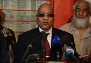 Le président sud-africain Jacob Zuma, sous pression, survit