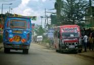 Kenya: les matatus, des bus customisés dans les rues de Nairobi