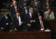 Tunisie: le Parlement retire sa confiance au gouvernement