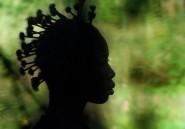 Afrique du Sud: un lycée contraint de suspendre un règlement anti-coupes afro