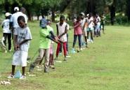 """Golf: les enfants pauvres goûtent au """"sport de riches"""" en Côte d'Ivoire"""