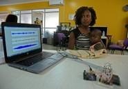 """Ouganda: une """"veste intelligente"""" pour diagnostiquer la pneumonie"""