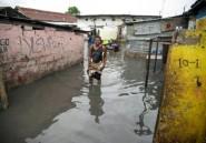 Les habitants de Kinshasa sont cernés par les inondations