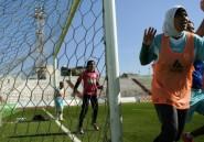 Mariage ou ballon rond: des Algériennes face