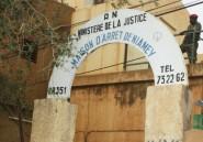 """Niger: un journaliste et son père écroués pour """"faux"""""""