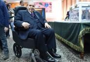 Algérie: rare apparition publique de Bouteflika pour voter