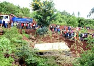 Accident de car scolaire en Tanzanie: 35 tués, vitesse en cause