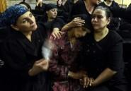 Les chrétiens égyptiens enterrent leurs morts dans la douleur