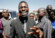 """L'Ougandais Bobi Wine, """"président du ghetto"""" et star du reggae devenu député"""