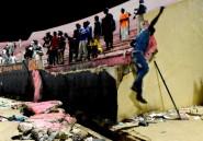Un mouvement de foule fait huit morts dans un stade
