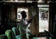Kenya: le bidonville de Mathare écoute Dieu en attendant Odinga