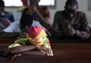 Dans les ténèbres de Freetown, un dimanche d'après inondations