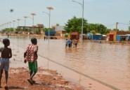 Fortes pluies au Niger: des milliers d'habitants de Niamey appelés