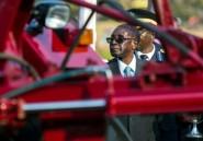 """Zimbabwe: Mugabe qualifie la coalition de l'opposition de """"complot de l'étranger"""""""