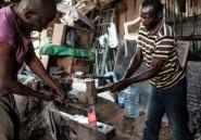 """Au Kenya, le portefeuille du """"mwananchi"""""""