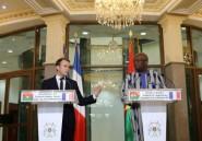 """Dans Ouagadougou tendue, Macron dénonce les crimes en Libye et ceux de la """"colonisation européenne"""""""