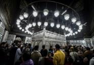 Egypte: foule de fidèles dans une mosquée une semaine après un massacre